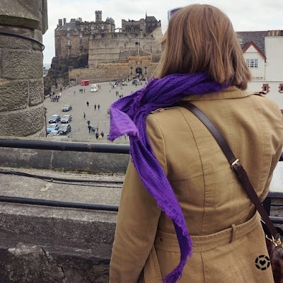 photo viewpoint from camera obscura over Edinburgh castle trench coat winter | awayfromtheblue instagram