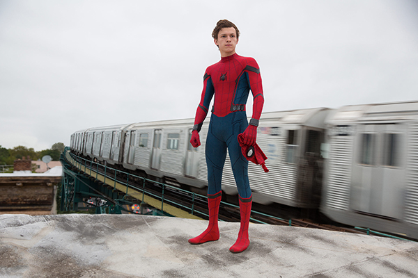 Spiderman-De-Regreso-a-Casa-HomeComing-Trailer-Oficial