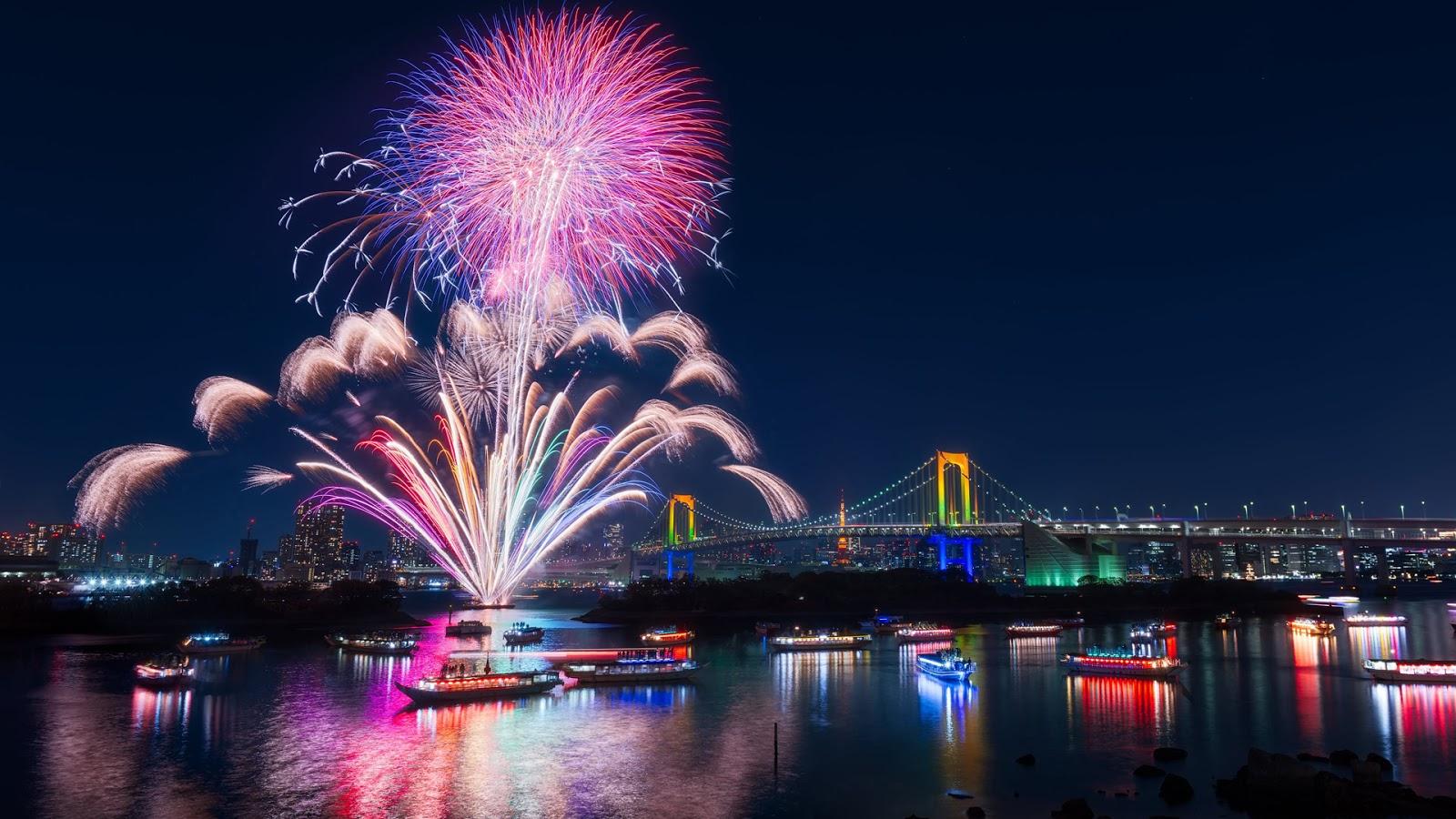 Hình ảnh băn pháo hoa chúc năm mới này là ở thành phố nào đố bạn biết đấy