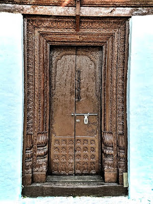 i have this thing with door, door of India,almora