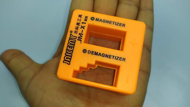 ممغنط / مزيل التمغنط لمفكات البراغي و الادوات المعدنية - Magnetizer / Demagnetizer For Screwdriver