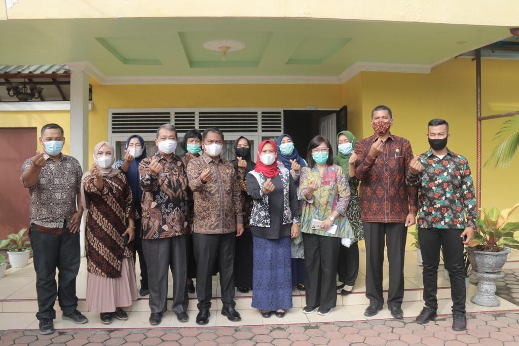 Heru Widyarman Resmi Menjabat Sebagai Ketua IDI Cabang Pasbar