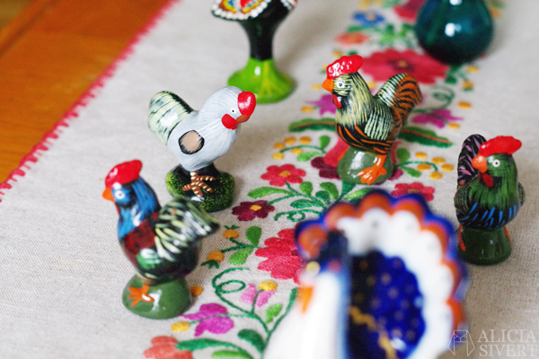 alicia sivert alicia sivertsson aliciasivert påsk påskpynt påskris pynt vår vårpynt prydnad prydnader pynta göra fint hemma begagnat loppis myrorna återbruk tradera kyckling höna höns tupp tuppar easter spring second hand thrifted