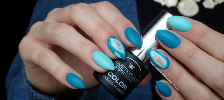 Cosmetics Zone   Strong Base   003 Intense White   PST13 Pistachio   027 Cavansyt   Top Mat   geode nails   zdobienie na hybrydzie   płatki metaliczne rose gold   brokat na paznokciach   zdobienie na hybrydzie   manicure hybrydowy  