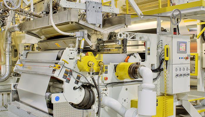 Máquina para estucado de papel en la industria del reciclaje