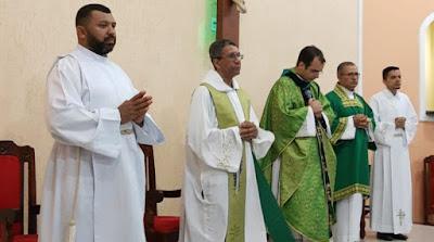 Padre João Paulo Foi Apresentado Como O Novo Vigário Paroquial Da Paróquia Cristo Rei, Em Mangabeira