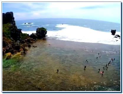 Pantai Nglambor: Harga Tiket Masuk dan Rute Menuju Lokasi