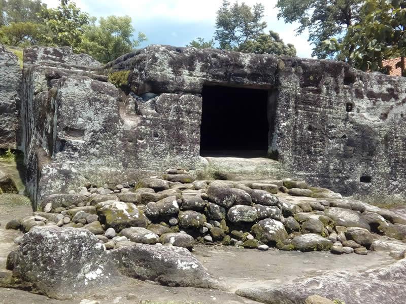 Gua Wadon Tempat Wisata di Tasikmalaya Terbaru