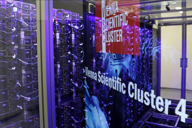 Lenovo e Intel são parceiras do supercomputador Scientific Cluster-4 de Viena, permitindo investigar desde as mudanças climáticas até à origem do Universo