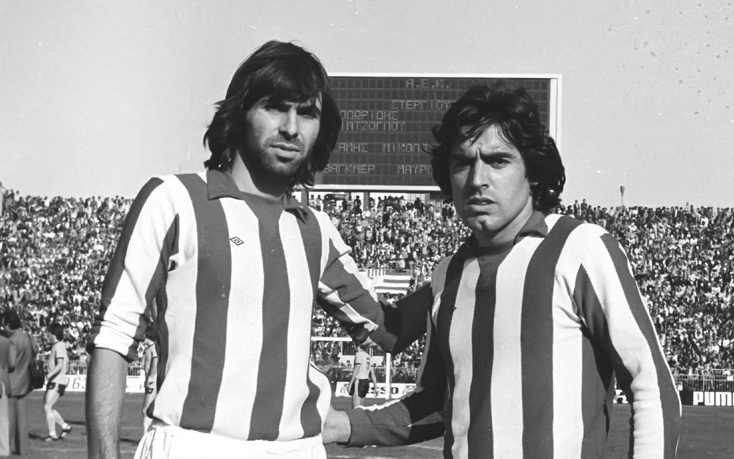 Ευλογημένο Ποδόσφαιρο : Γιώργος Δεληκάρης: Ο Έλληνας Αρτίστας