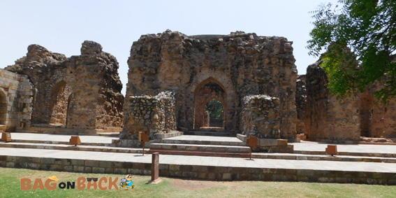 Khilji's-Tomb