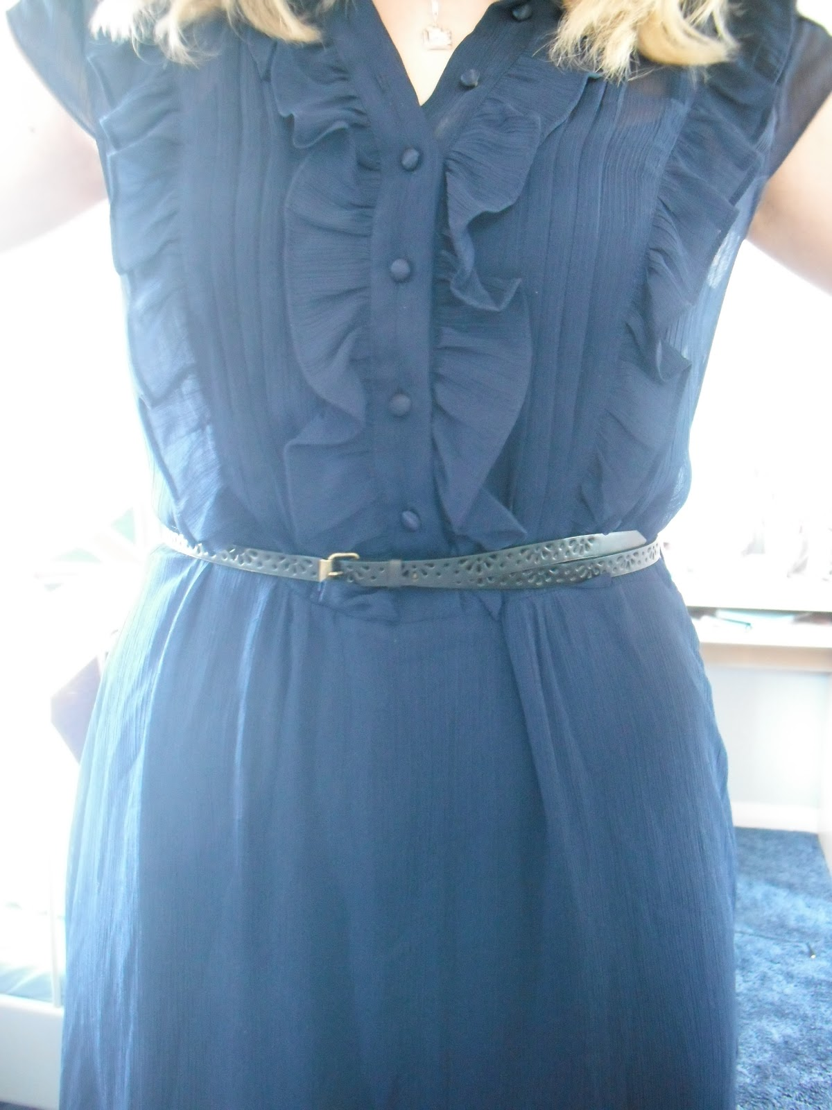 OOTD 13/04/12 - Navy Chiffon Dress.. ♥ | Victoria\'s Vintage Blog