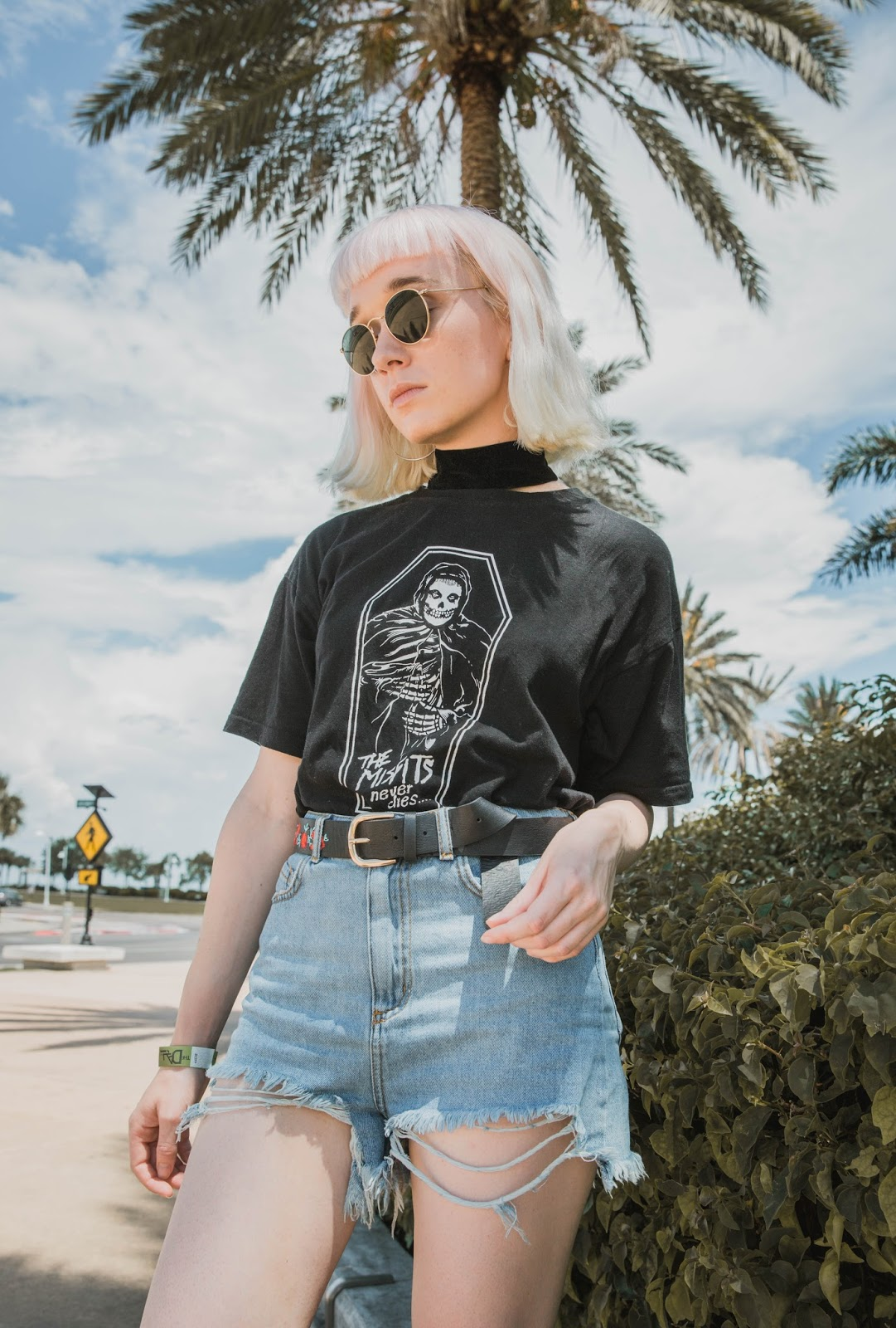 how-to-wear-vintage-t-shirt