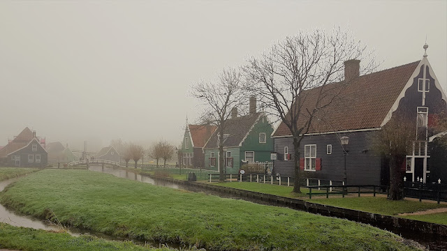 Zaanse Schans landscape: beautiful green houses and one small canal