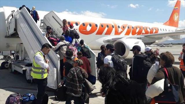 """Venezuela denuncia sanciones """"ilegales"""" de EEUU contra su aerolínea"""
