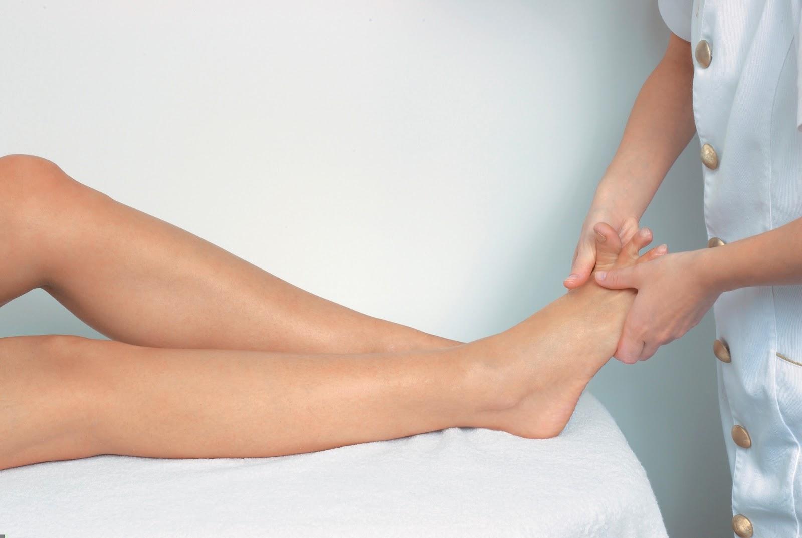 Bau kaki memang hal yang tak abnormal dan bahkan sanggup terjadi dan pernah terjadi oleh banyak 7 Cara Mengatasi Bau Kaki Secara Alami
