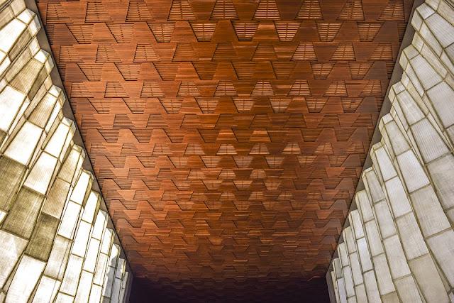controsoffitto legno-controsoffitto rustico-architettura-chiesa