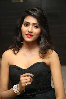 Shalu Chourasiya in spicy Sleeveless Strapless Black Top at O Pilla Nee Valla Movie Audio Launch Feb 2017 024.JPG