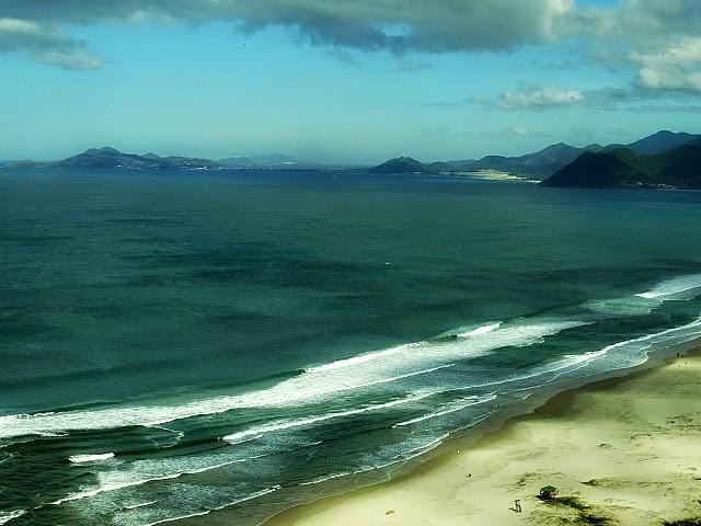 Praia da Guarda do Embaú, em Palhoça
