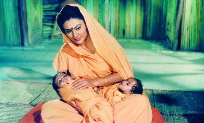 दीपिका चिखलीअ पहुंची कपिल शर्मा शो में  Deepika Chikhalia Biography in Hindi