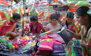 made-in-china-in-holi-market