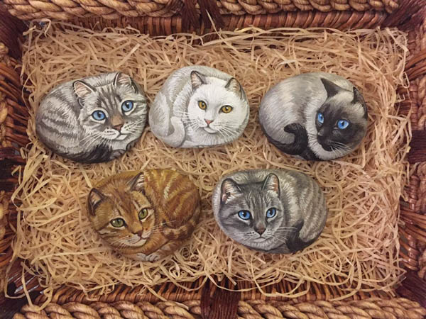 realistic cat painted rocks