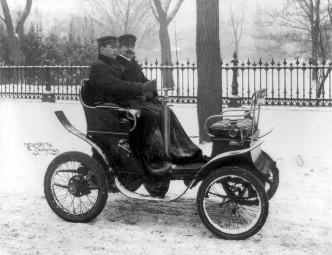 Vintage Photos Of Early American Automobiles From The