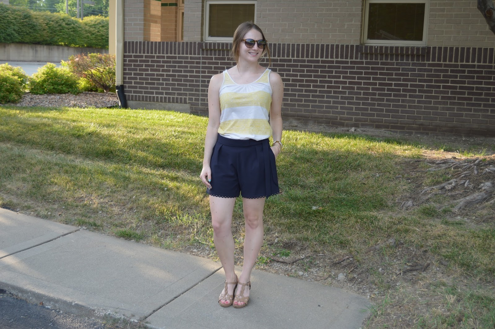 cute summer outfit ideas | navy shorts with yellow tank top | date night looks with shorts | shorts and wedges | classy looks with shorts | summer looks | what to wear for date night this summer | date night looks with shorts | a memory of us |