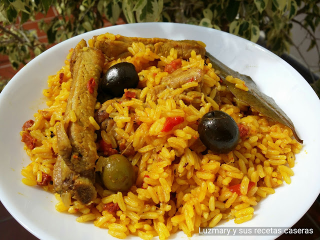 ARROZ CON COSTILLAS Y CHORIZO ( COOKER 8 EN 1 )