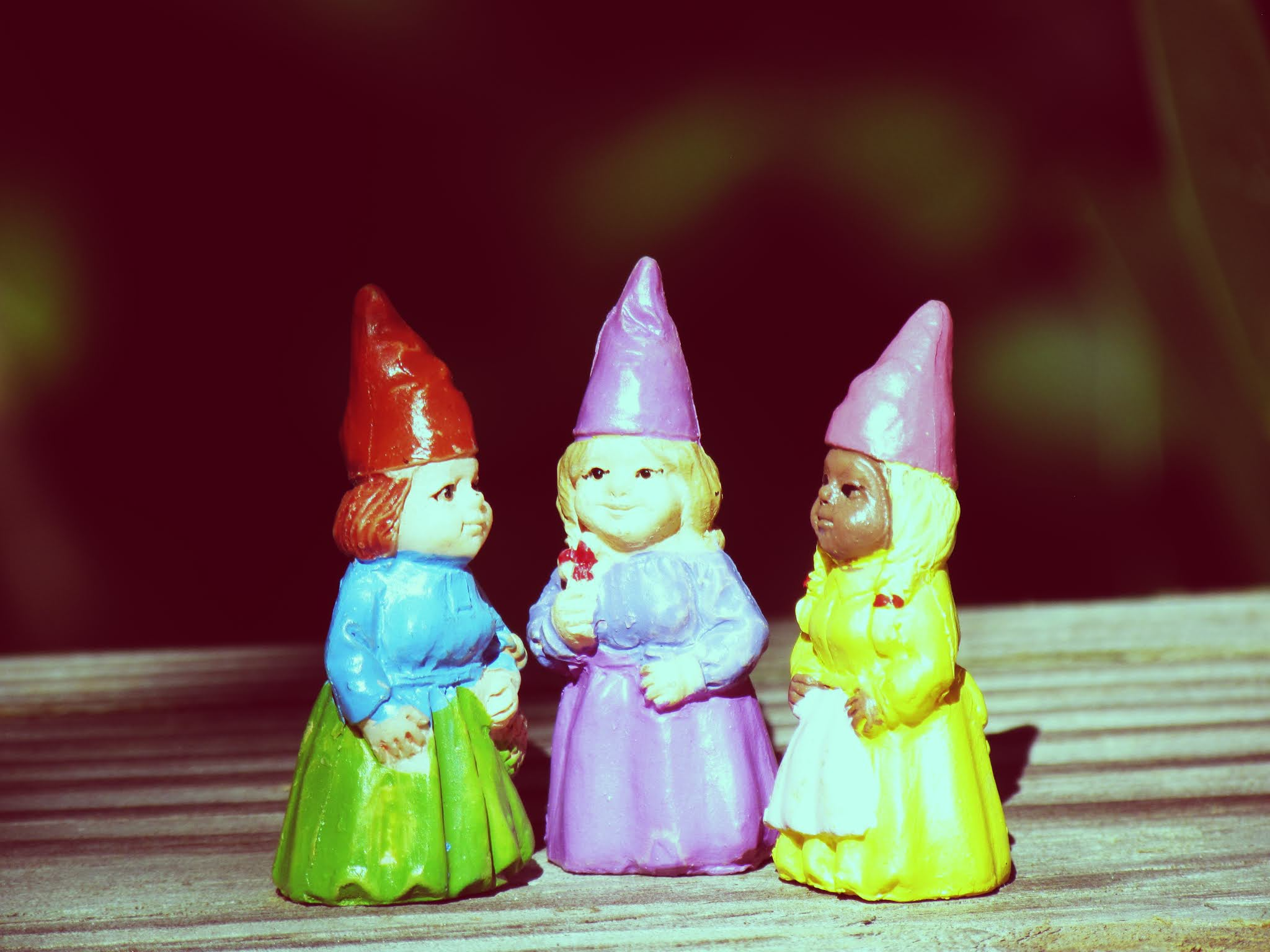 Sisterhood coven, green witch coven, three girl gnome figurines, gnome sisters