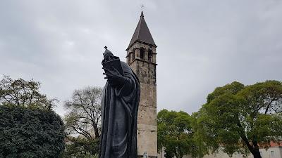 statua tosta
