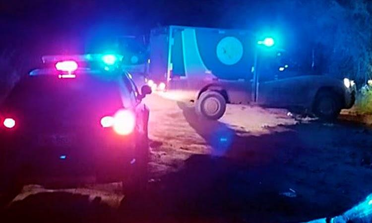 Andarilho se joga na frente de viatura da PM e morre atropelado no Sudoeste da Bahia