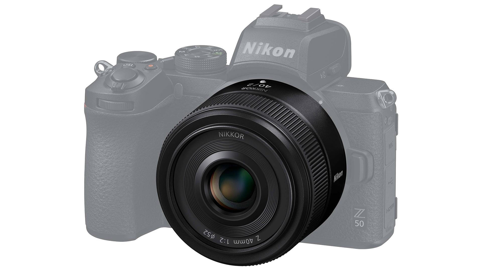 Объектив Nikon Nikkor Z 40mm f/2 с камерой Nikon Z50