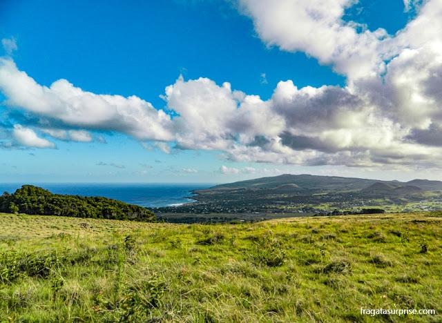 A Ilha de Páscoa vista do topo do Vulcão Rano Kau
