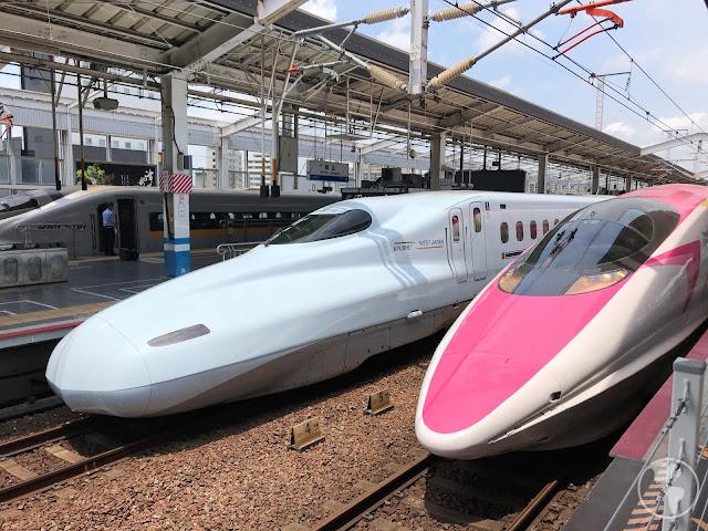 Conhecendo o trem da Hello Kitty no Japão