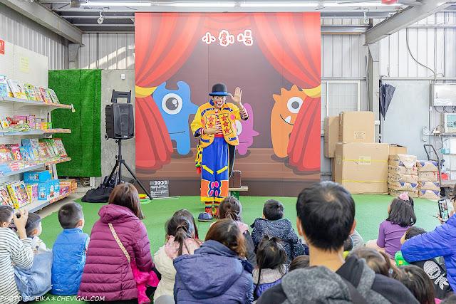 MG 6661 - 熱血採訪│台中玩具150坪批發超市人超多,限定小丑與魔術表演入場直接請你看!