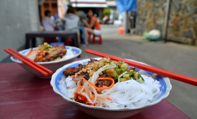 HCM City launches first 'food street' for local vendors