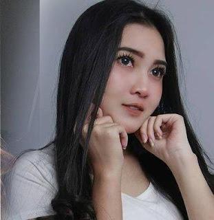 Download Lagu Mp3 Video Goyang HOT Terbaru Nella Kharisma - Kartonyono Medot Janji