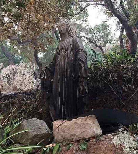 Nossa Senhora das Graças imagem salva na casa da família Omlin