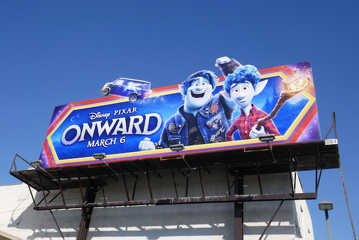 Onward extension cut-out billboard