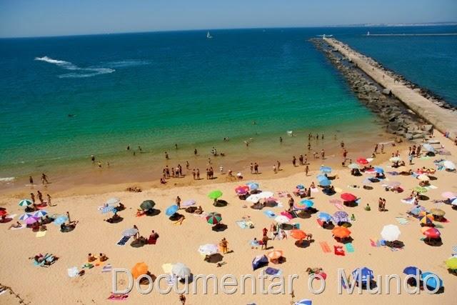 Praia do Molhe; Praias do Concelho da Lagoa; Praias no Algarve