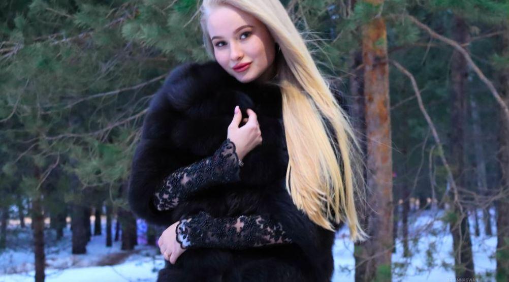 BriannaSwan Model GlamourCams