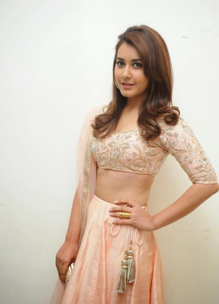 Rashi Khanna Hot Images