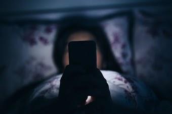 10 أمراض يسببها لك هاتفك الذكي يجب أن تعرفها