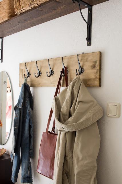 diy hakenleiste f r garderobe bauen green bird diy mode deko und interieur. Black Bedroom Furniture Sets. Home Design Ideas
