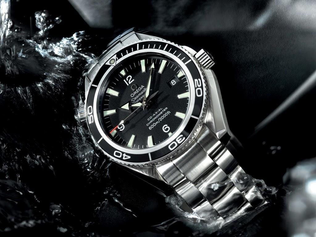 ... qualidade técnica de seus mecanismos, robustez de suas caixas, tradição  em design, equiparada somente à igualmente legendária Rolex. Os relógios ... b28893297d