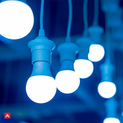 Descaso: gestão anterior gastou mais de R$ 4 mil em lâmpadas com defeito