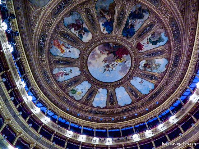 Decoração do teto do Teatro Massimo de Palermo, Sicília