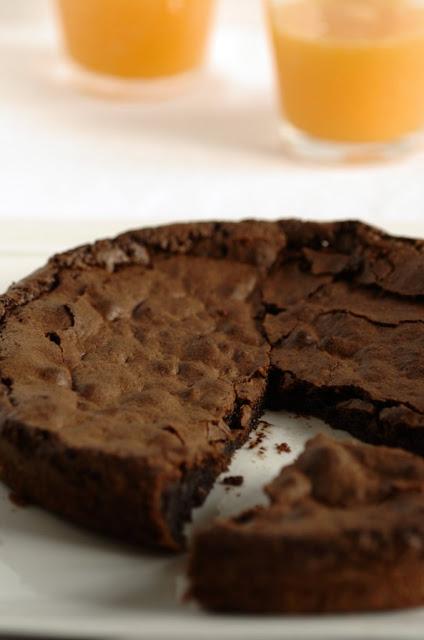 Torta di cioccolato all' arancia