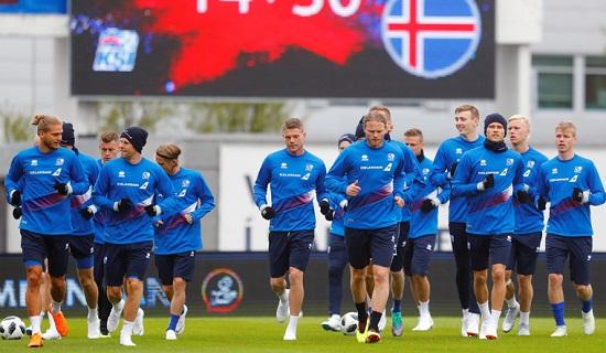Các cầu thủ Iceland tích cực chuẩn bị cho WC 2018
